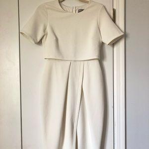 ASOS size 6 white dress 🙌🏻